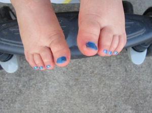 Don't you love pudgy kid feet?